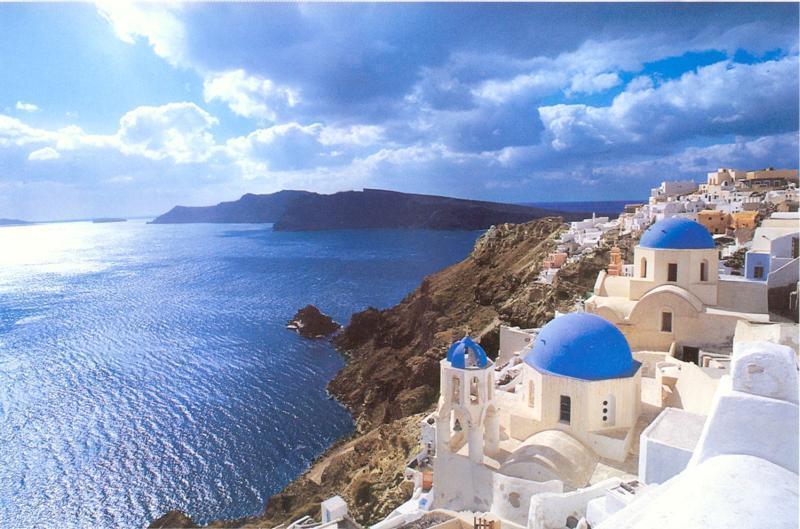 Дом в остров Эпир у океана