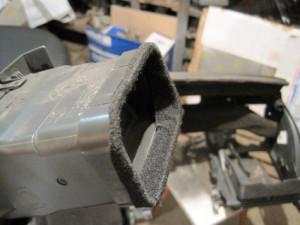 Уплотнение стыков при монтаже приборной панели