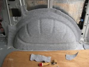 Шумоизоляция колесных арок внутри салона