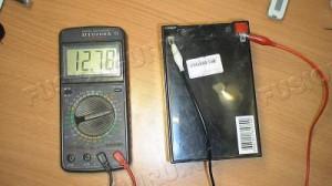 3) Подключить провода к АКБ и сделать замер;