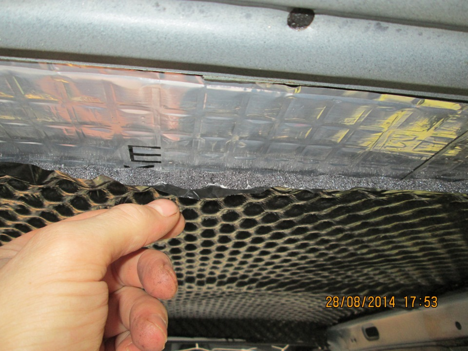 Шумоизоляция приборной панели ВАЗ 2115