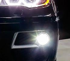 передний бампер с сетками и  LED оптикой