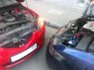 Как правильно прикурить автомобиль?