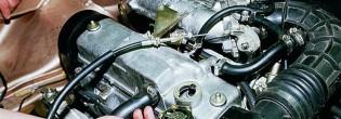Как заменить масло в двигателе автомобиля ВАЗ 2114?