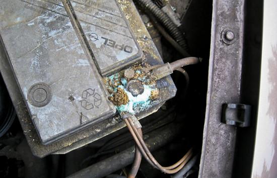 Как отремонтировать аккумулятор авто