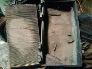 Забитый воздушный фильтр