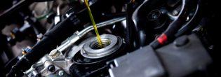 Как заменить масло в двигателе машины?
