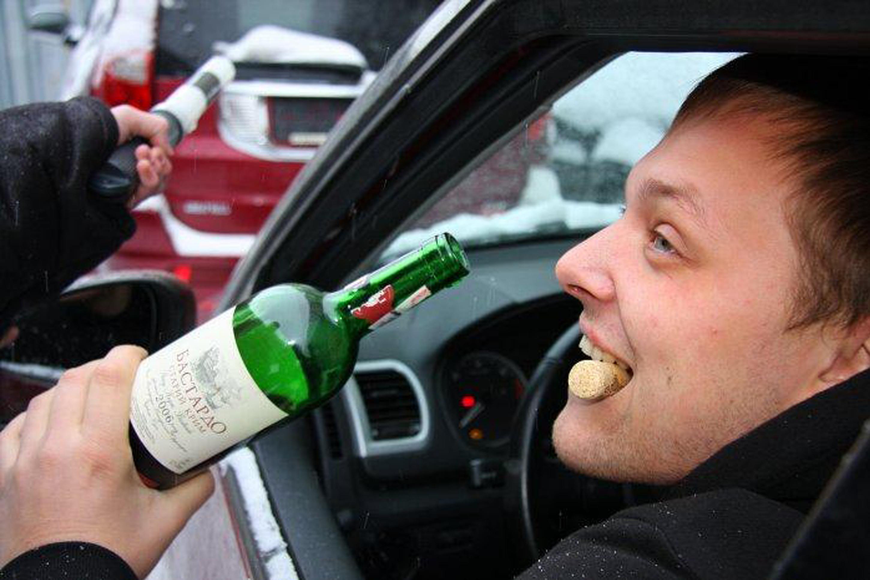 если поймали пьяным за рулем 2015 клуб открывался