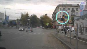 Проезд на желтый сигнал светофора