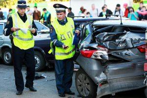 Инспекторы на месте аварии